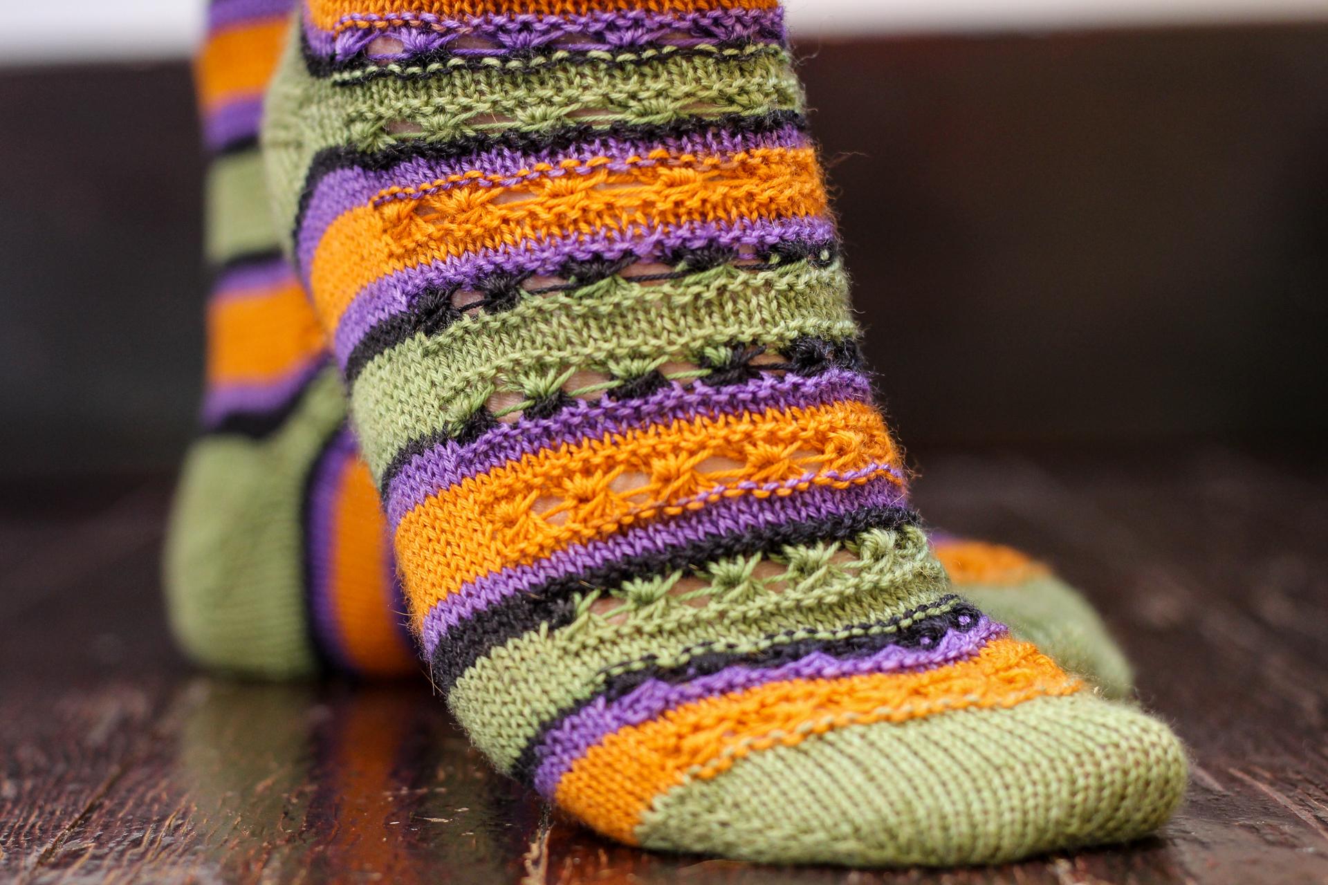 Strange Magic | A sock pattern from rhyFlower Knits